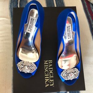Badgley Mischka blue evening shoes
